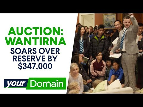 Hot Auction In Melbourne Soars Over The Seller's Expectations | Your Domain