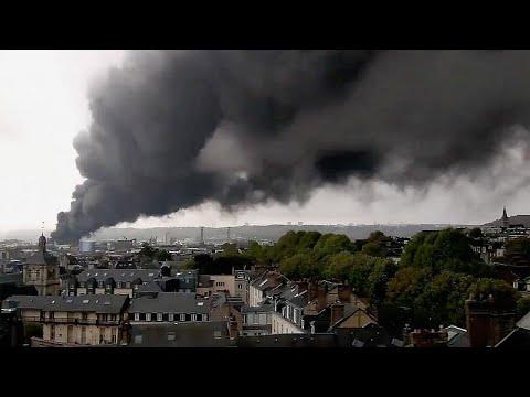 Produtores de Rouen e arredores sofrem com efeitos de fogo industrial