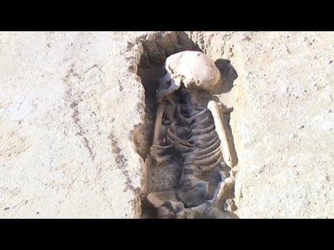 اكتشاف رفات 4500 جثة بمقبرة إسلامية في شمال شرق إسبانيا