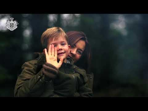 Scene fra dokumentarfilm om H.K.H. Kronprinsen