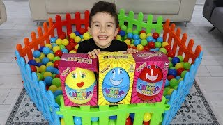 Yusuf find Suprise Eggs into Ball Pool