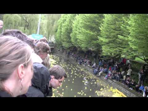 Balade au Luxembourg, le 37 : Duck Race course de canard 2015