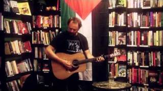 David Rovics - Draft Dodger Rag (by Phil Ochs)