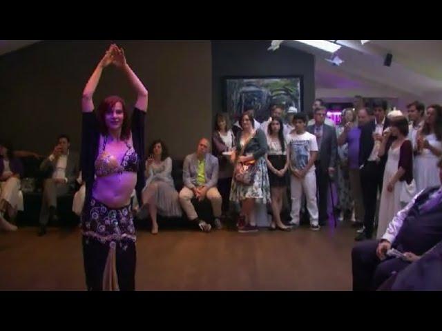 Andah Aleik danced by Sabouschka