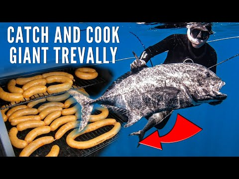Spearfishing Hawaii Giant Trevally Catch And Cook (Fish Sausage!)
