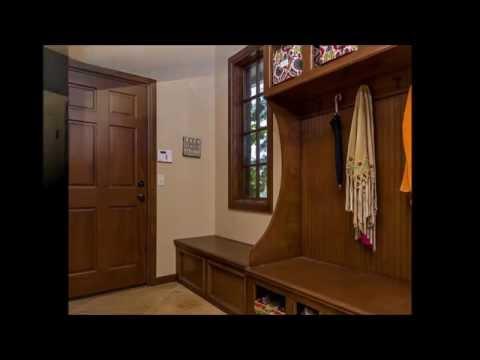 Chic Furniture Interior of Mudroom