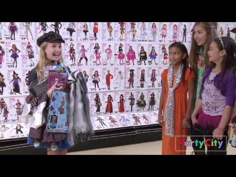 Monster High: Frankie Stein's style is Creeporific!