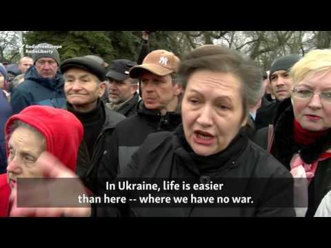 Protesters In Babruysk Criticize Poverty, 'Serfdom' In Belarus