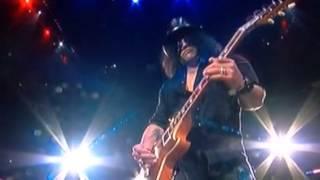 Slash plays Star Spangled Banner National Anthem - LA Kings v Blackhawks Game 3 on 5-24-14