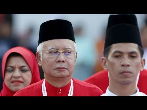Malaysia Prime Minister Najib Razak is in the spotlight since investigators traced $700 million linked to the government fund 1MDB to his personal bank accounts. His personal history is intertwined with Malaysia\'s unique political system. Photo: Olivia Harris/Reuters  Subscribe to the WSJ channel here: http://bit.ly/14Q81Xy  More from the Wall Street Journal: Visit WSJ.com: http://www.wsj.com  Follow WSJ on Facebook: http://www.facebook.com/wsjvideo Follow WSJ on Google+: https://plus.google.com/+wsj/posts Follow WSJ on Twitter: https://twitter.com/WSJvideo Follow WSJ on Instagram: http://instagram.com/wsj Follow WSJ on Pinterest: http://www.pinterest.com/wsj/  Don't miss a WSJ video, subscribe here: http://bit.ly/14Q81Xy  More from the Wall Street Journal:  Visit WSJ.com: http://www.wsj.com Visit the WSJ Video Center: https://wsj.com/video  On Facebook: https://www.facebook.com/pg/wsj/videos/ On Twitter: https://twitter.com/WSJ On Snapchat: https://on.wsj.com/2ratjSM
