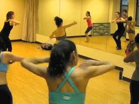 Groovefit Instructor Irina Peschan teaching the West- African dance - Kuku