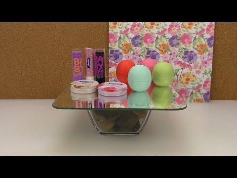 DIY Kosmetiktisch | Mini Spiegeltisch für Kosmetik selber machen | DIY Tisch Zimmerdeko