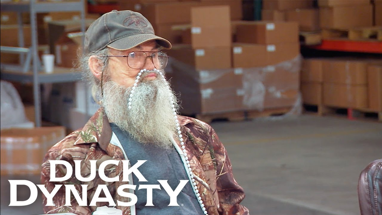 Download Duck Dynasty: Si Almost Spoils a Wedding Surprise   Duck Dynasty