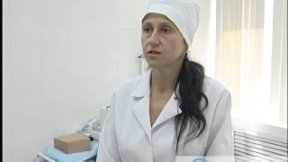 В Твери ветеринарные врачи сделали сложную операцию кошке на веках глаз(, 2014-07-18T09:08:43.000Z)