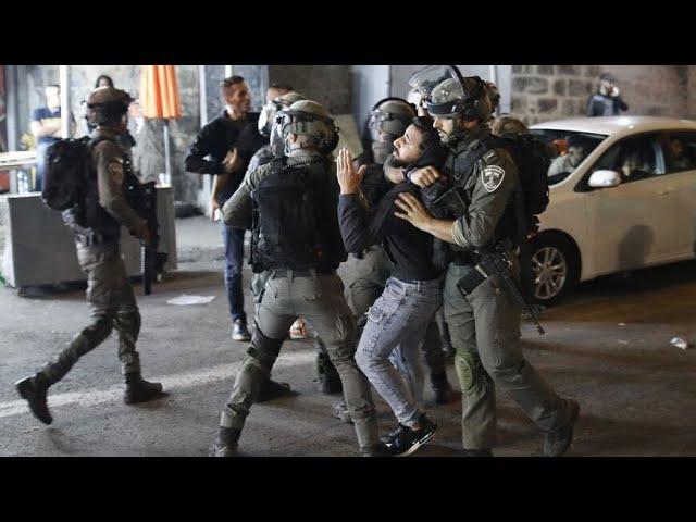 Zionst Mobs Attack Palestinians