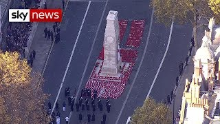 armistice 100 uk falls silent to remember the fallen
