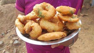Cooking Medu Vada Recipe in My Village | Two Variety Vada | VILLAGE FOOD thumbnail