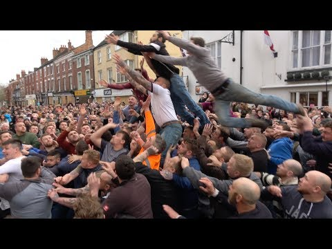 Violent mass brawl erupts at UK's notorious Atherstone Ball Game: Extended