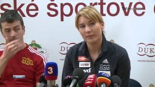 Anastasia Kuzminová je tehotná