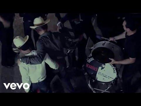 Con Cartitas Y WhatsApp Los Plebes Del Rancho De Ariel Camacho (Official Video)