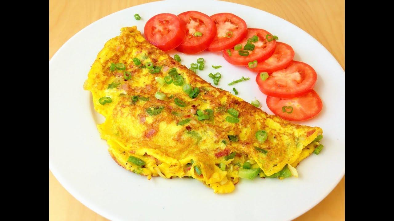 Омлет с колбасой на сковороде. Рецепт для завтрака.
