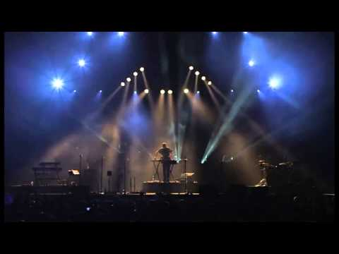 Resultado de imagen de Bonobo Boiler Room London — Live at Alexandra Palace