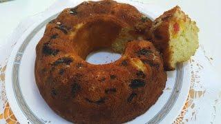 Gâteau moelleux au yaourt et fruits (recette rapide)