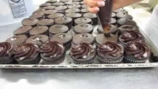 Dorothy Ann Bakery Chocolate Fudge Process Fun Version