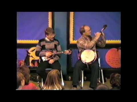 "Folk Music - Randall Franks & Jim ""Duck"" Adkins - What is a mandolin - Old Joe Clark.mpg"