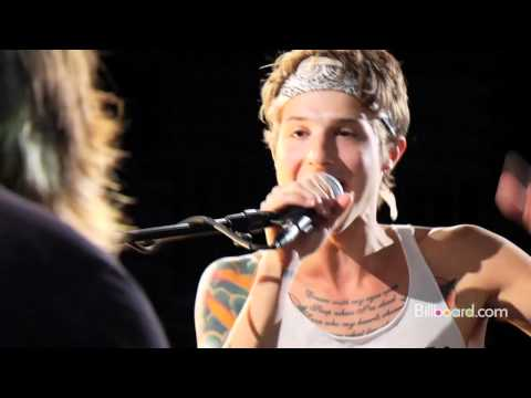 "Hot Chelle Rae - ""I Like It Like That"" I Chart Beat"