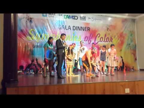 Hot boy hát xẩm- Maersk VN Team building 2014
