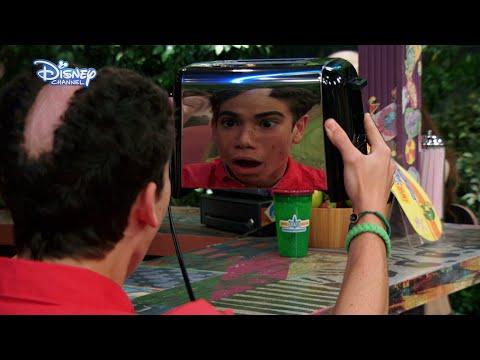 Jessie | Luke Shaving Fail 😂 | Disney Channel UK