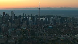 The Best Luxury Hotel in Downtown Toronto - Shangr...