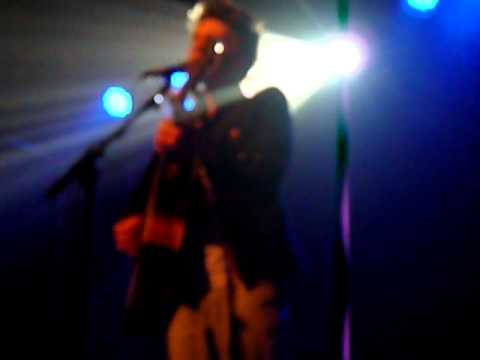Joe Brooks - These Broken Hands Of Mine (Live)