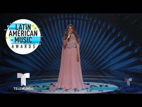 Gloria Trevi rompe en llanto al recordar su pasado | Latin AMAs | Entretenimiento