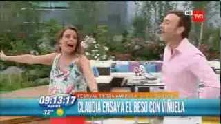 Beso entre Viñuela y Claudia Conserva en BDT .