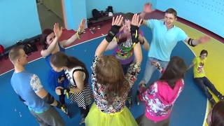 Где провести день рождения в Омске? Активный день рождения на роликах  Школа Роллер Омск