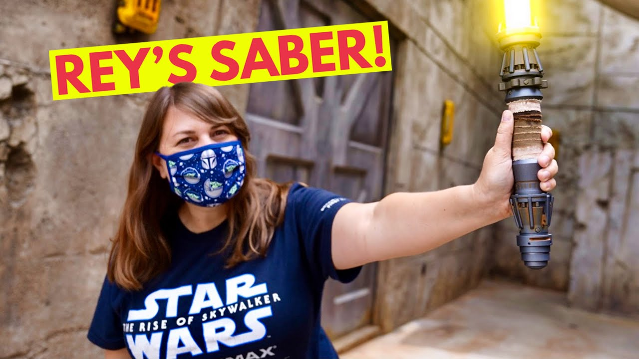 Rey's Lightsaber is HERE! [New Galaxy's Edge Merch]