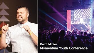 Keith Minier speaking During a 2017 Momentum Youth Conference Main Session