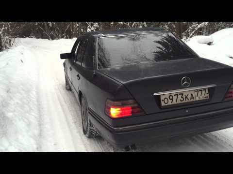 Mercedes Benz w124 m111 e220 sound exhaust