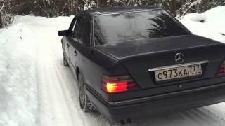 Mercedes Benz w124 m111 e220 sound exhaust