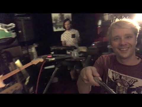 VILLANUEVA - Resumen de la gira ZOOparaDOS - Canción: El día que tu no estabas