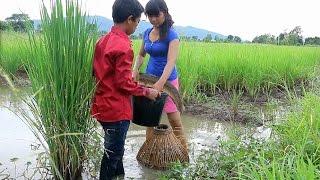Amazing beautiful girl & boy Fishing in Cambodia - Fishing at Battambang - By New York ( part 043)