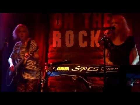 JED (Jonsu and Emppu Duo) - Kummajaisten Joukko - Live@On The Rocks, Helsinki 29.05.2014