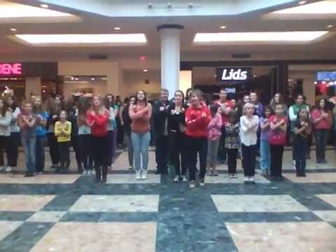 Flashmob: danse à place Laurier