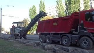 Продолжается активно ремонт улицы Сумгаитской даже в выходные дни  П.П. ДОРСТРОЙ