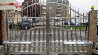 Кованые ворота, кованые заборы - ручная работа(Ковка ворот и заборов http://goo.gl/KeSSjv Элитные кованые ворота и кованые заборы изготавливаются под заказ для..., 2014-09-18T12:19:24.000Z)