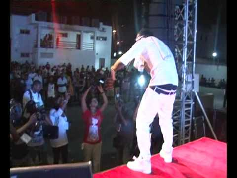 Joe EL PERFORMING @THE 14th ANNUAL KENNIS MUSIC FESTIVAL
