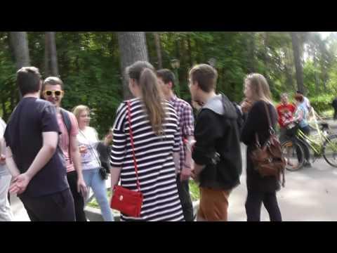 Что пела молодежь на митинге 12 июня в Дубне?