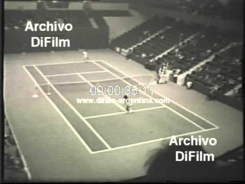 DiFilm - Ilie Nastase vs Haroon Rahim Open Jean Becker 1973